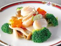 季節野菜とホタテの炒め